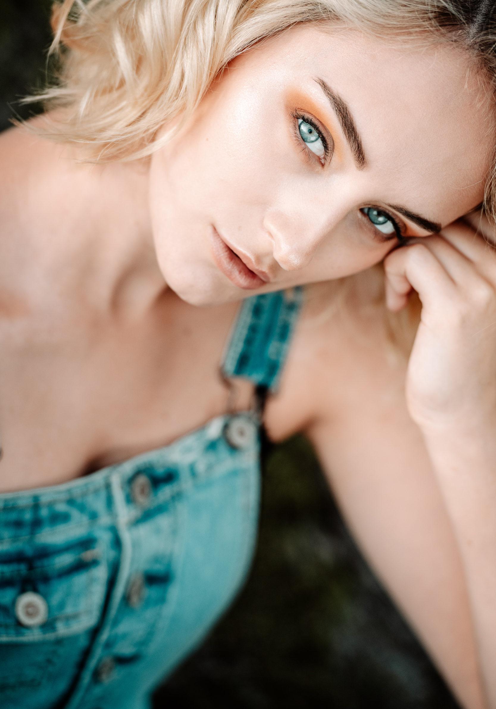 Sarah 1--14